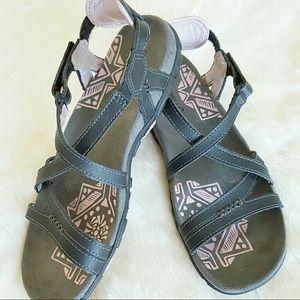 Merrell SANDSPUR Lilac Women's Sandals Size 8 EUC